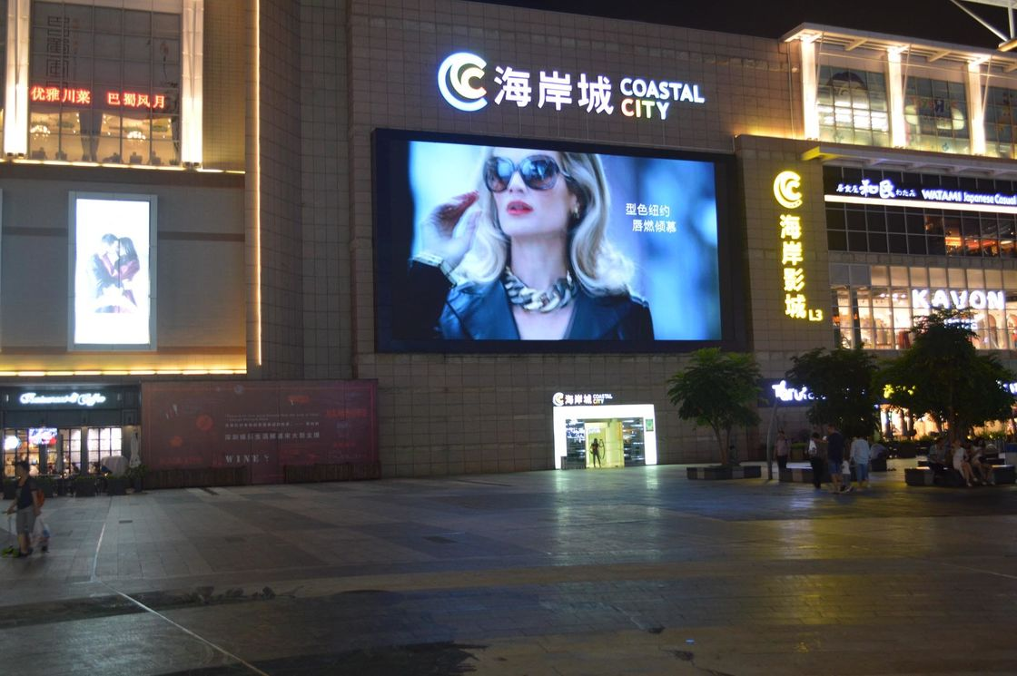 P6 Outdoor Advertising Led Display Board With Synchronous