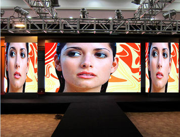 P2.5 Indoor Advertising LED Display / LED Video Wall Die Casting Rental